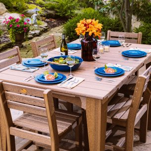 Dining Tables & Seating