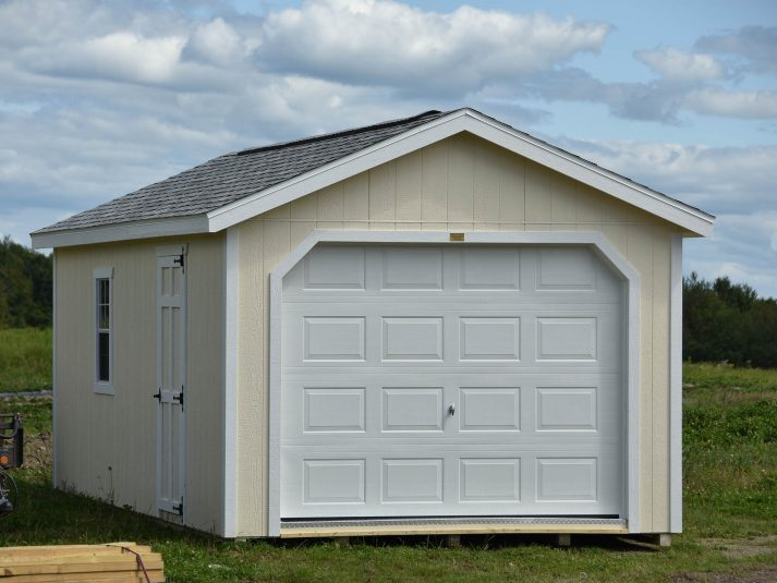 Garage 12x24 Vanillin w White trim Sierra Gray Shingles Copy copy